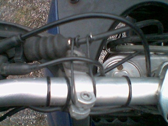 hydraulinen kytkin moottoripyörään